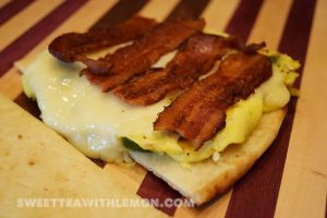 naan-breakfast-sandwich-w03