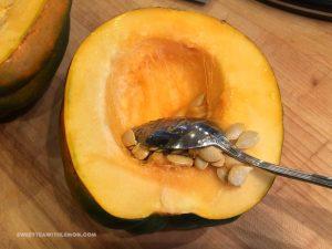 baked-acorn-squash-w04